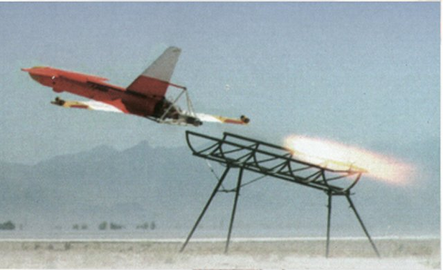 Iran Inaugurates Nation's First Long-Distance Bomber Drone 1
