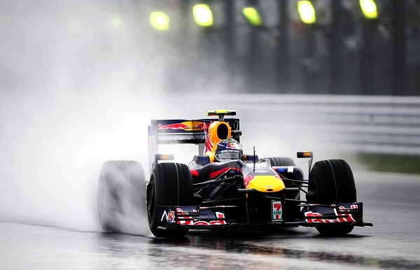 "Bernie Ecclestone Proposes ""Fake Rain"" For Formula 1"
