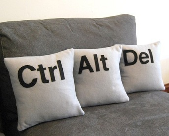 IBM PC Inventor Explains The Origin Of CTRL + ALT + DEL