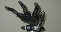 A Robotic Hand That Can Throw, Catch & Grasp At High Speed [VIDEO]