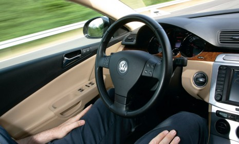 Volkswagen 'Temporary Autopilot' Lets You Drive Hands-Free