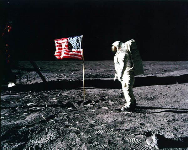 Moon Landing, Moon Landing picture, Moon Landing controversial picture