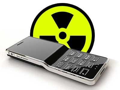 Cellphones — Brain Cancer Link Rejected [STUDY]