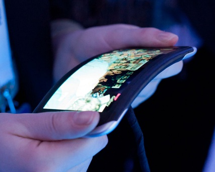 Nokia Kinetic: Device With Flexible And Twisted Interface [VIDEO]