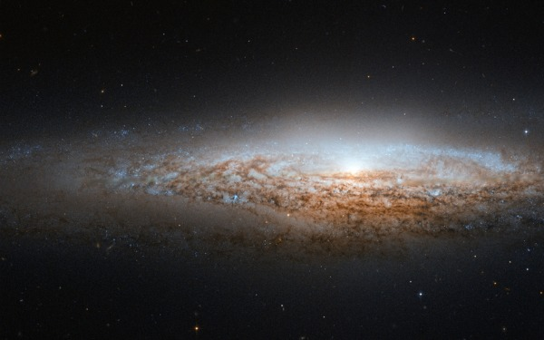 'UFO Galaxy' Snapped By Hubble Telescope