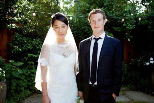 Mark Zuckerberg's Relationship Status Changes From Single To Married