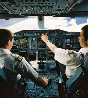commericial pilot,pilot,pilot aeroplane,airplane pilot