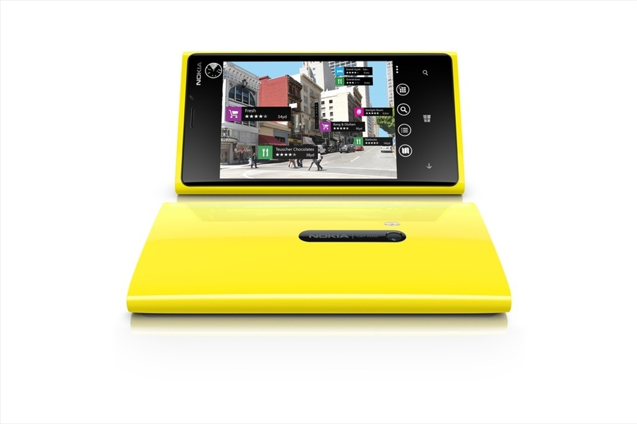 Nokia Starts To Price The Lumia 920 and 820, Release Date Set For November
