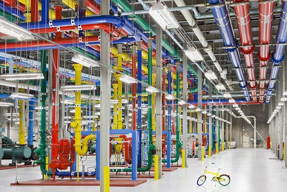 A Rare Look Inside Google Data Centers [PHOTOS] 1