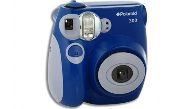 Gadgets Not To Buy, Polaroid 300 Instant Camera, Polaroid 300, Polaroid 300 camera