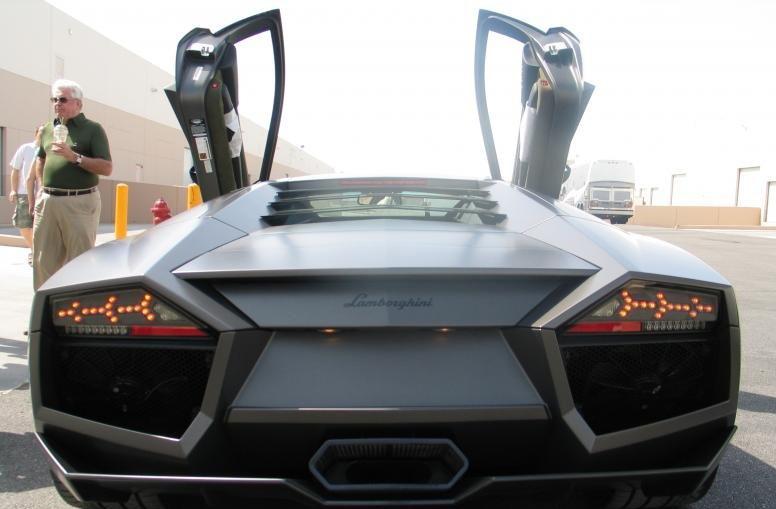 unboxing a Lamborghini Reventon, Lambo Unboxing, Lamborghini, Lamborghini Reventon, super car, unboxing, cars, unboxing a Lamborghini Reventon, unbox Lamborghini Reventon, photos,