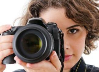 Top 10 Best DSLR Cameras For Professionals 12