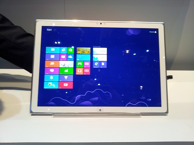 ces 2013, panasonic, tablet, windows 8, 20-Inch Windows 8 Tablet, panasonic 20-inch slate, ces