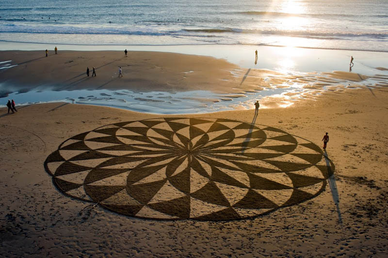 Beach art design, Beach art, Andres Amador, art, beach art, drawing, sculptor, art pictures, amazing art