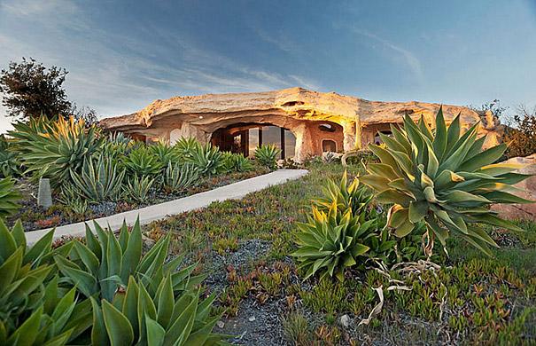 Dick Clark's Flintstones Inspired Home, USA