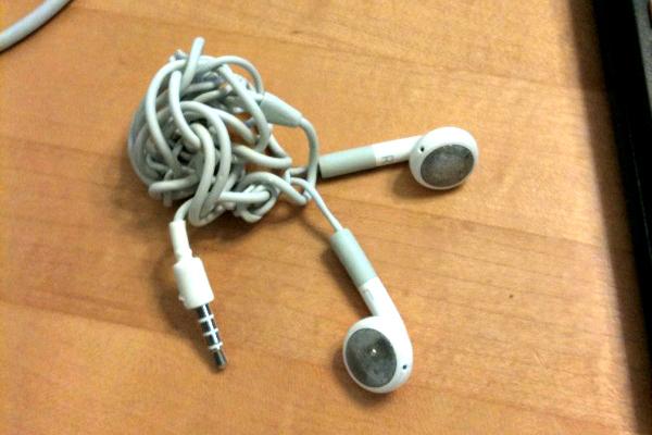 headphones, iphone headphones