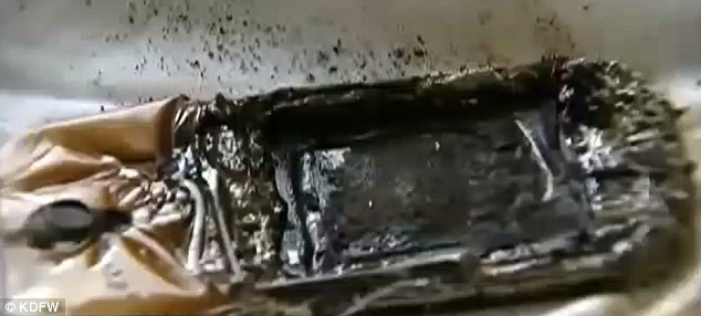 Samsung Galaxy Smartphone Catches Fire Under Teenage Girl's Pillow 1
