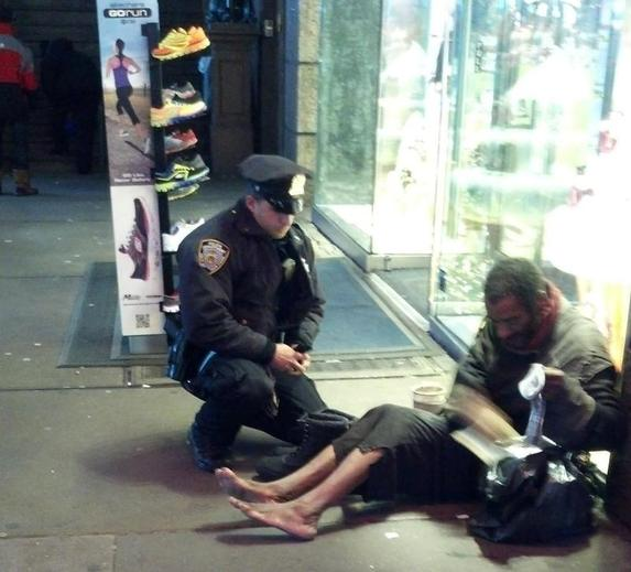 Generous NYPD officer