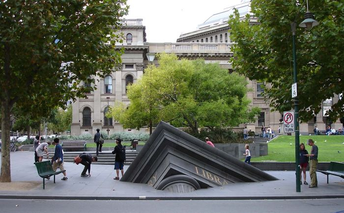 Sinking building Sculpture