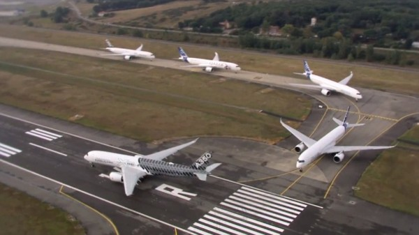 This Airbus A350 Formation Flight Video Is The Best Thing You'll See All Day 1