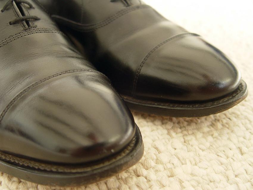 Leather shoes, DIY, fashion tricks, fashion tips for men, fashion tricks for men, men fashion tips, men fashion tips, men fashion tricks