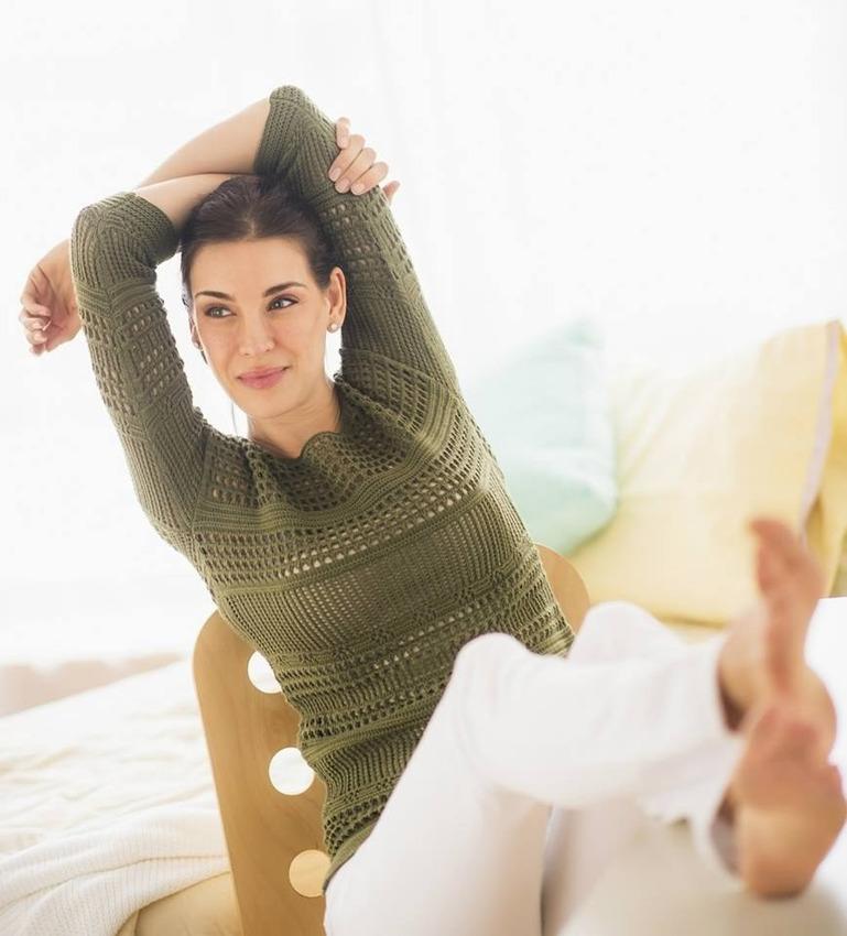 Stretching lady, Matt Vescovo, Photoshop, Photobomb Stock Photos, Photobomb, stock images, hilarious photobombs