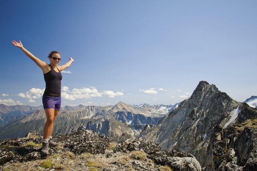 This hiker lady, Matt Vescovo, Photoshop, Photobomb Stock Photos, Photobomb, stock images, hilarious photobombs