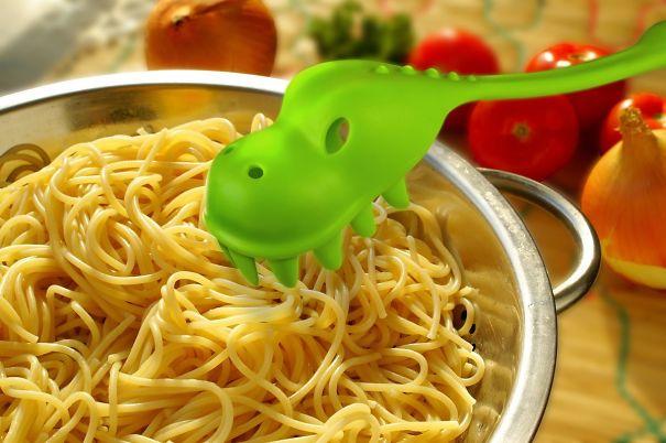 Dragon pasta server