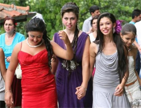 Buy Love From The Roma Bridal Market In Bulgaria 1