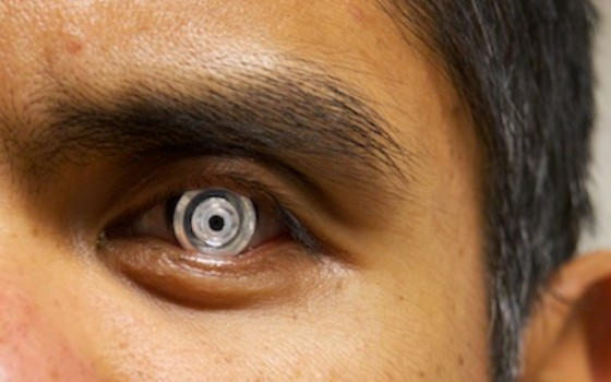 These Contact Lenses Give You Telescopic Vision With 3X Zoom