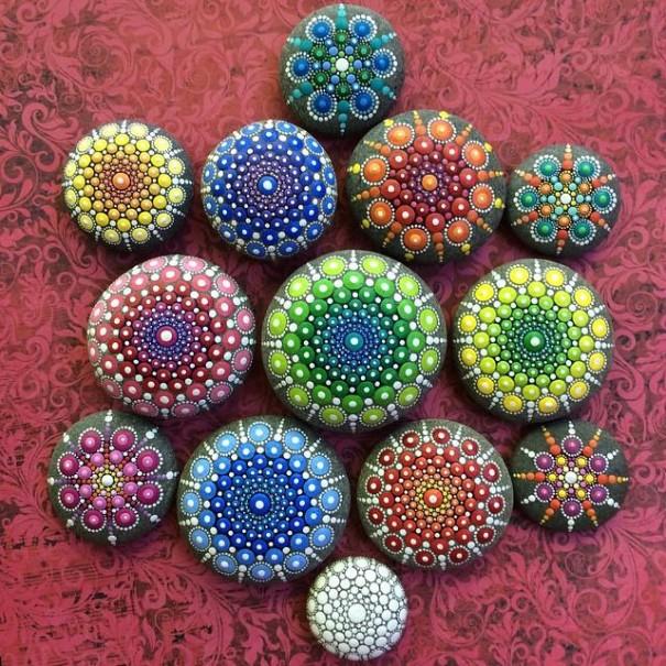 Artsy stones