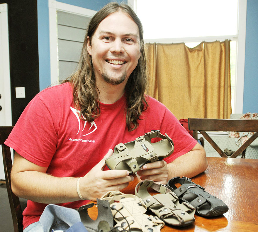 Shoes That Grow: Sandal That Expands By Five Sizes In 5 Years To Help Millions Of Poor Children 1