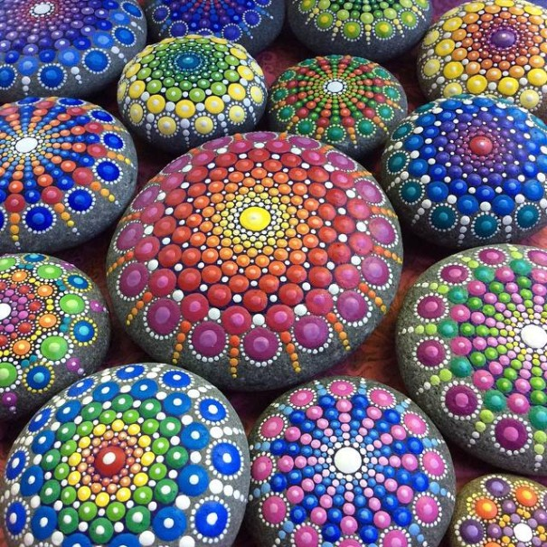 Artist Creates Colorful Mandalas By Painting Ocean Stones With Thousands Of Tiny Dots 1
