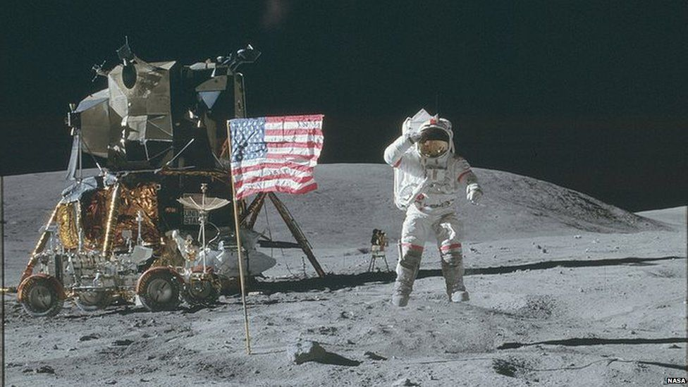 Thousands of NASA Apollo Mission Photos Just Went Online 1