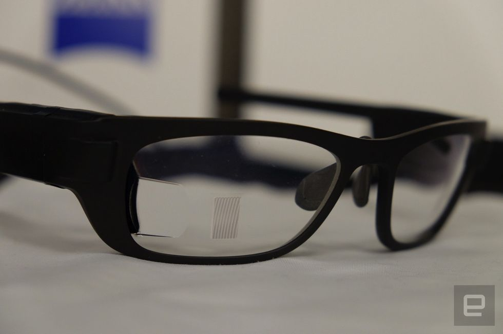 New Google Glass Competitor, Carl Zeiss 2