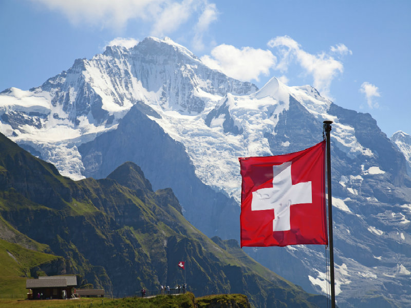 Swiss Town Begins Accepting Bitcoin for Public Services