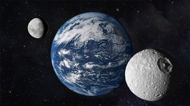 "Earth has a ""New Moon"""