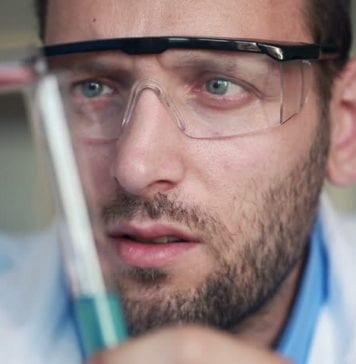 All About Today's Innovative Protective Eyewear