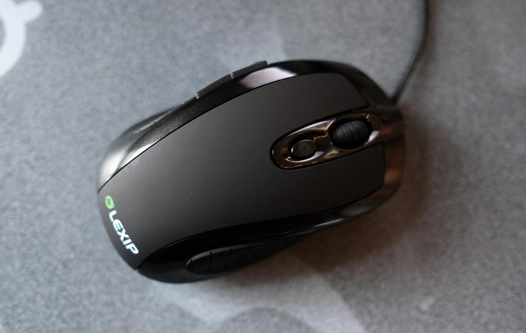 Lexip's joystick-mouse combo is a strange but promising hybrid