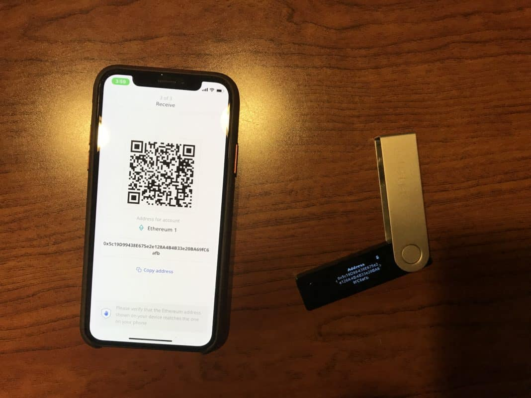 Hands-on with Ledger's Bluetooth crypto hardware wallet